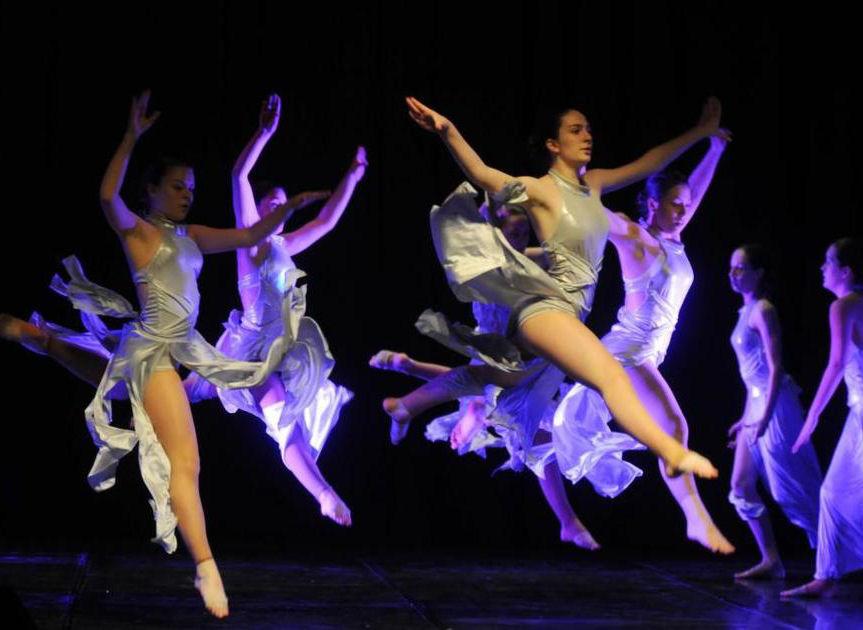 "23. Plesni susret ""Istra pleše"" – 10.05. u 20 sati"