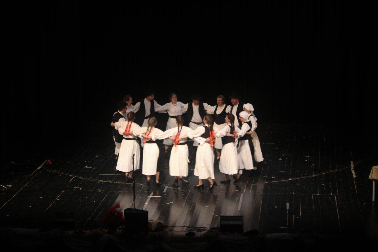 Božićno-novogodišnji koncert Folklornog društva Pazin – subota, 14.12. u 19 sati