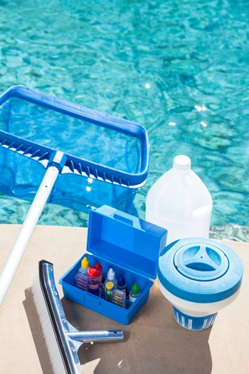 Osposobljavanje za poslove održavanja okućnica i bazena 2020. – poziv na iskaz interesa